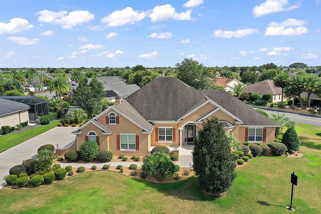2126 Lake Ridge Drive Property Photo 1