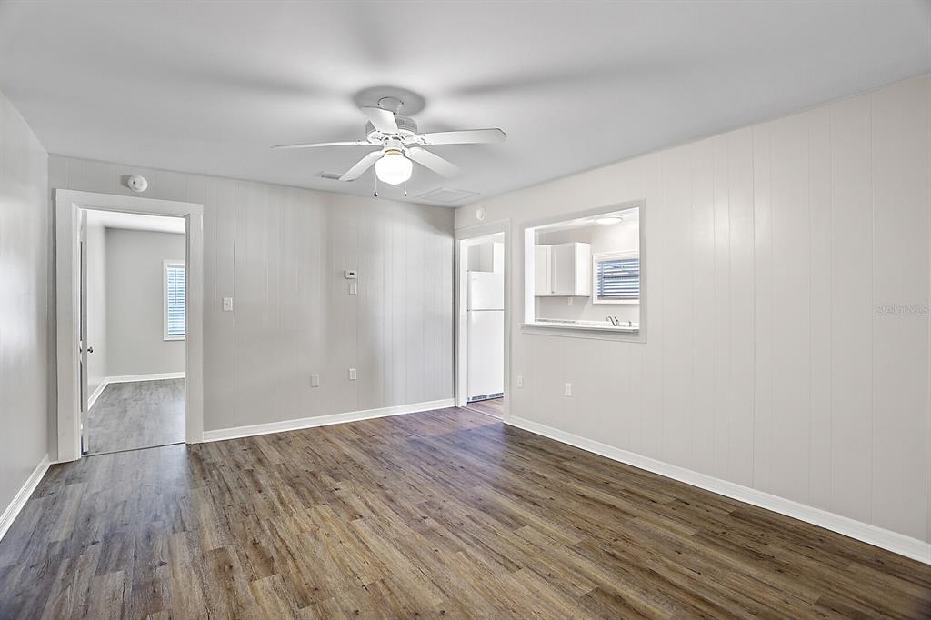 1124 E 1st Avenue Property Photo 9