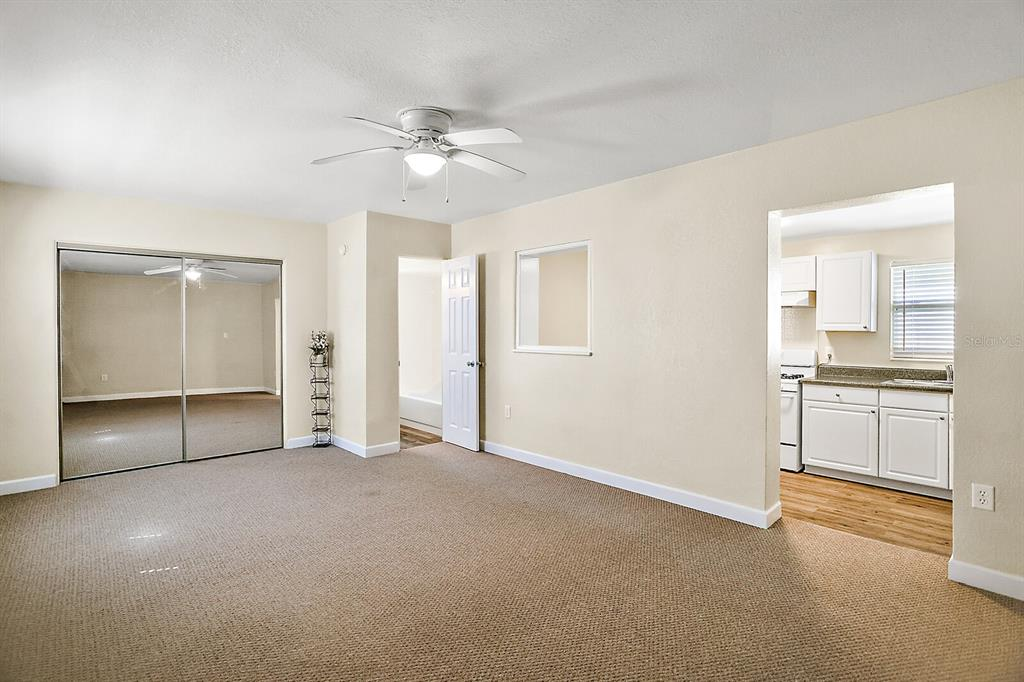 1124 E 1st Avenue Property Photo 26