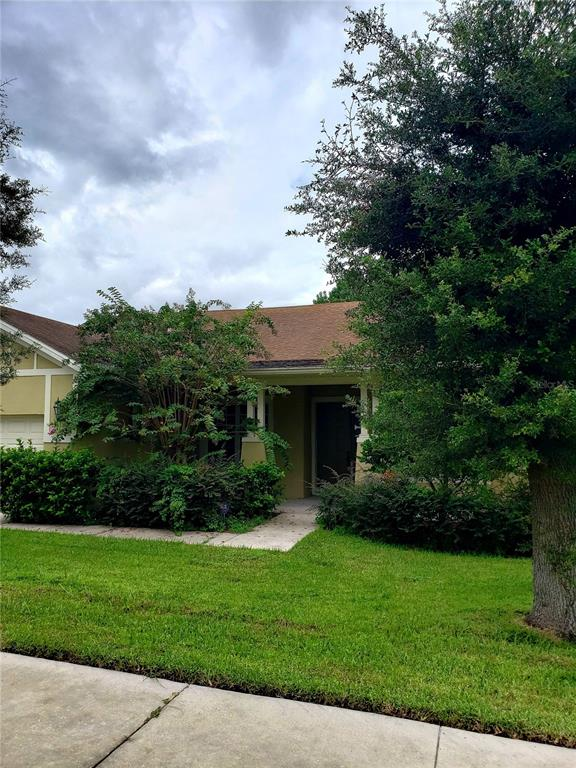 824 Willow Oak Loop Property Photo 1