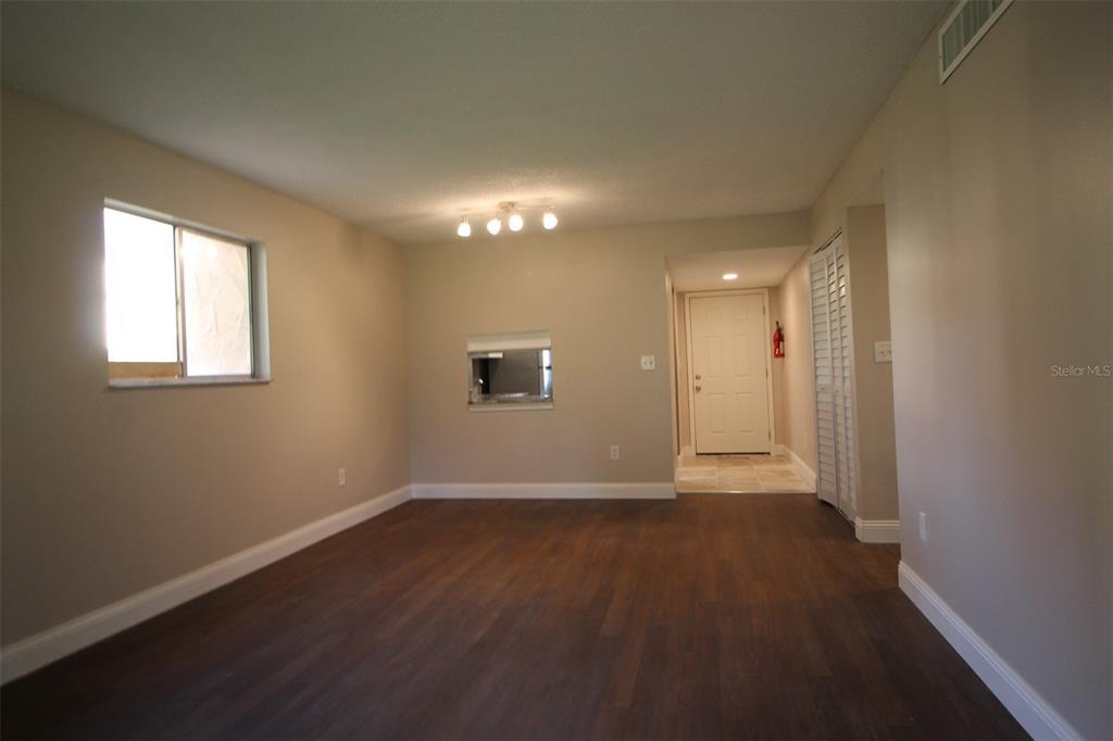 2856 N Powers Drive Property Photo 8