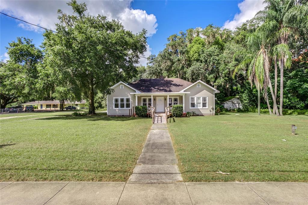 206 S Florida Street Property Photo 1