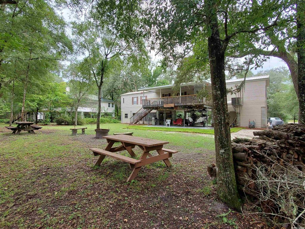 317 Ne Riverbend Road Property Photo