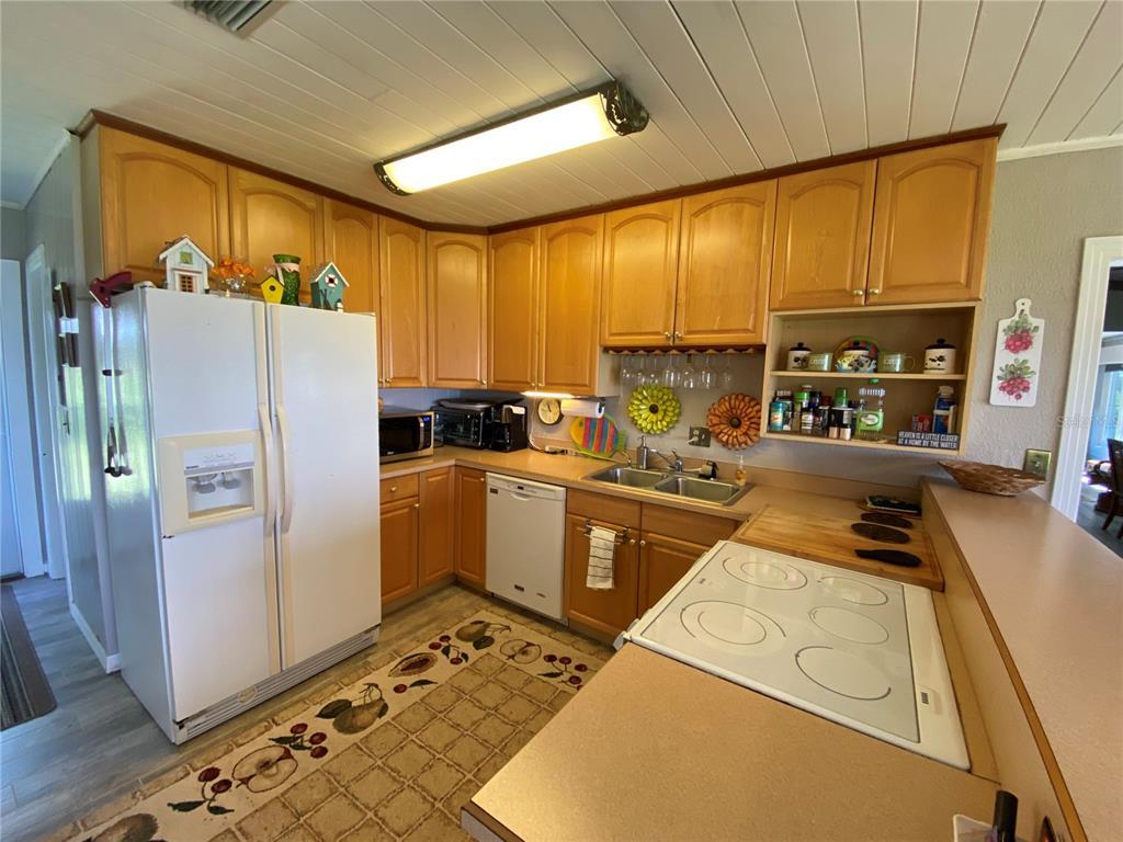 3901 Chambers St Property Photo 7