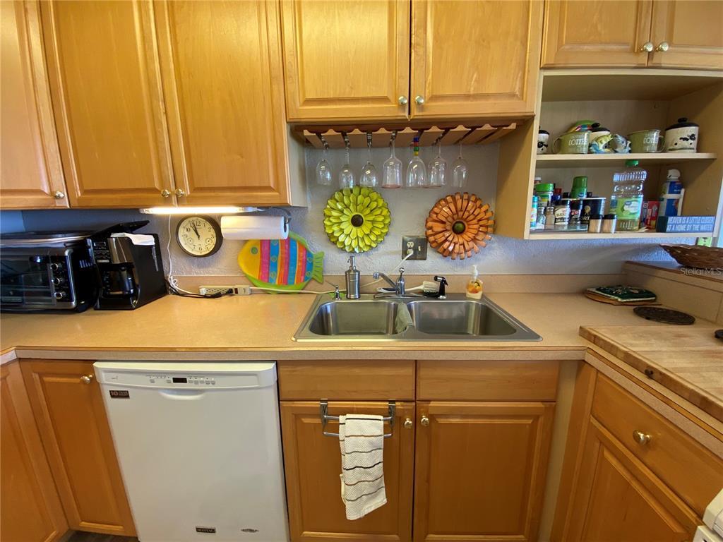 3901 Chambers St Property Photo 16