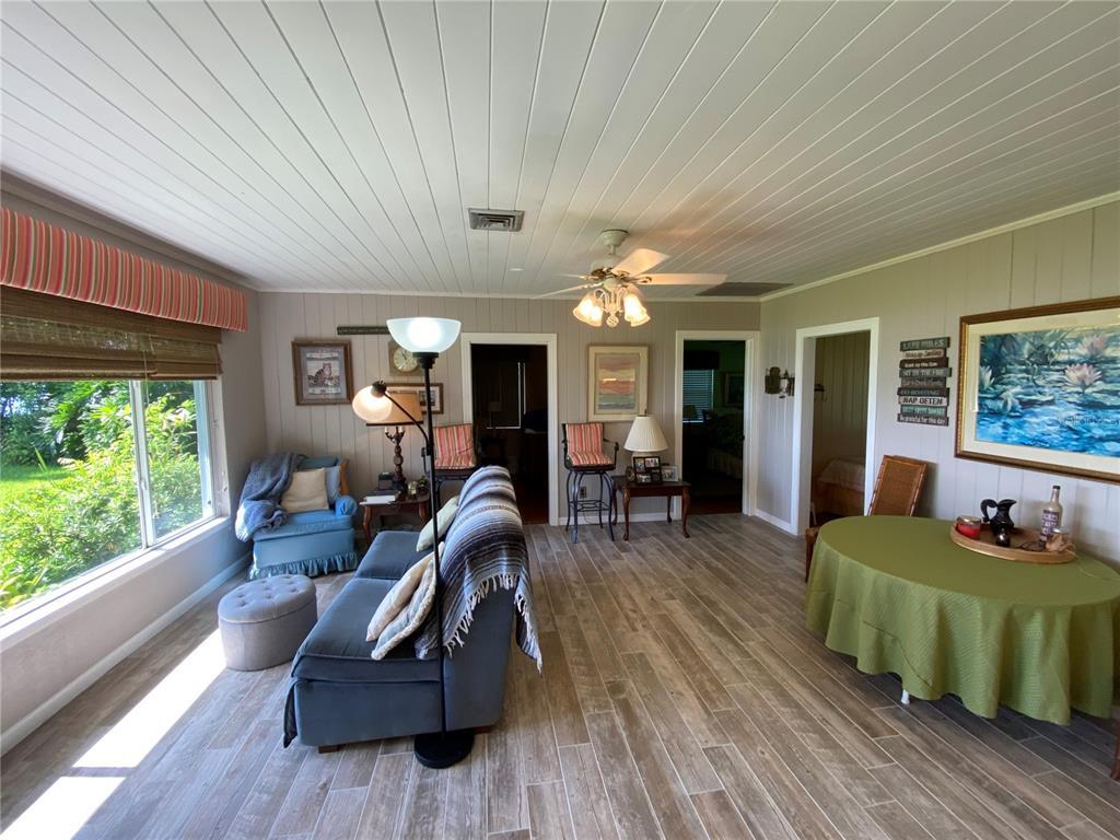3901 Chambers St Property Photo 18