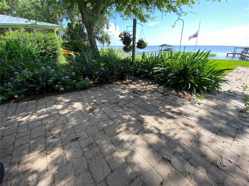 3901 Chambers St Property Photo 34