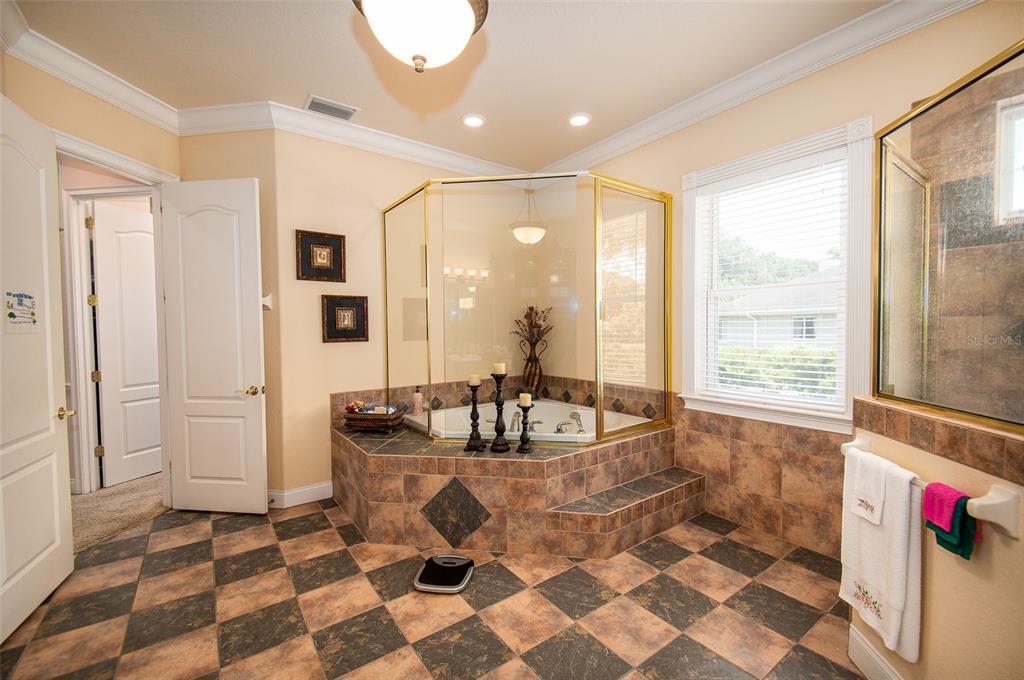 339 Howard Avenue Property Photo 32