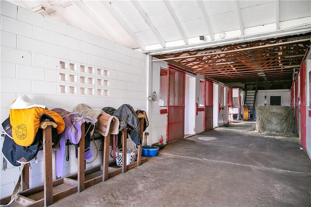 311 Nw 106 Avenue Property Photo 21