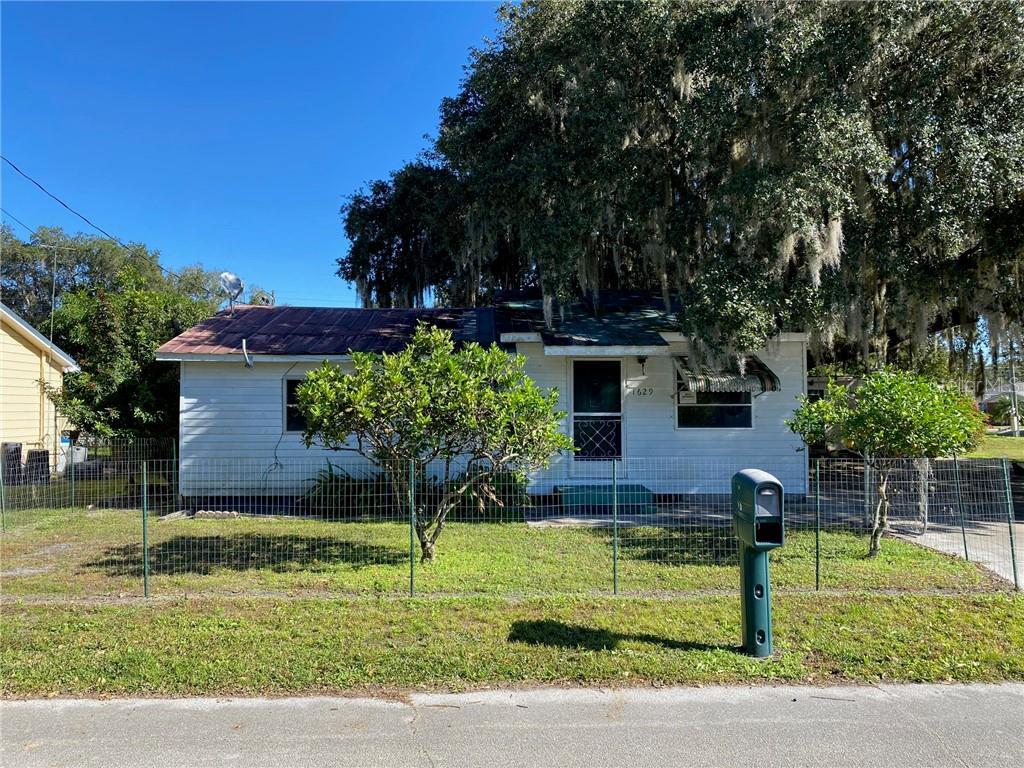 1629 Dolphin Drive Property Photo