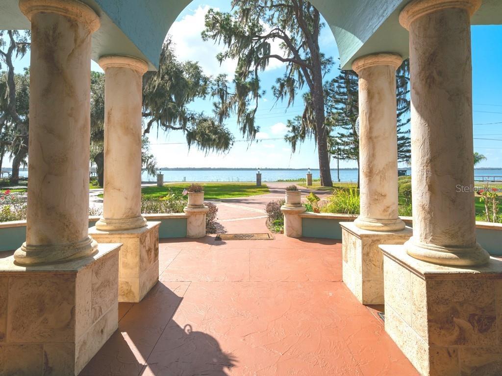 32850 Lakeshore Drive Property Photo