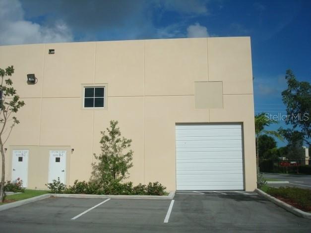 1091 Nw 31st Avenue Property Photo 2