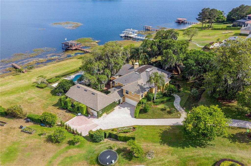 17201 Magnolia Island Boulevard Property Photo 1