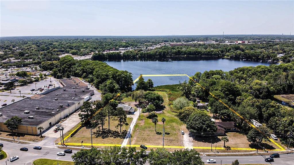 275-301 W Lake Mary Boulevard Property Photo