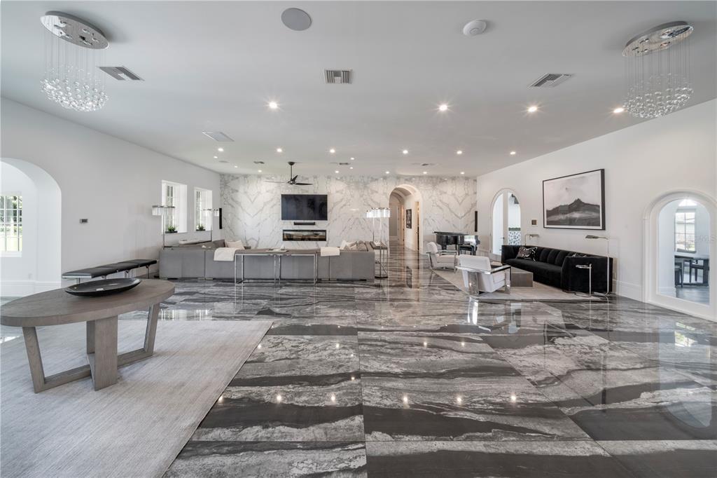 1000 Genius Drive Property Photo 7