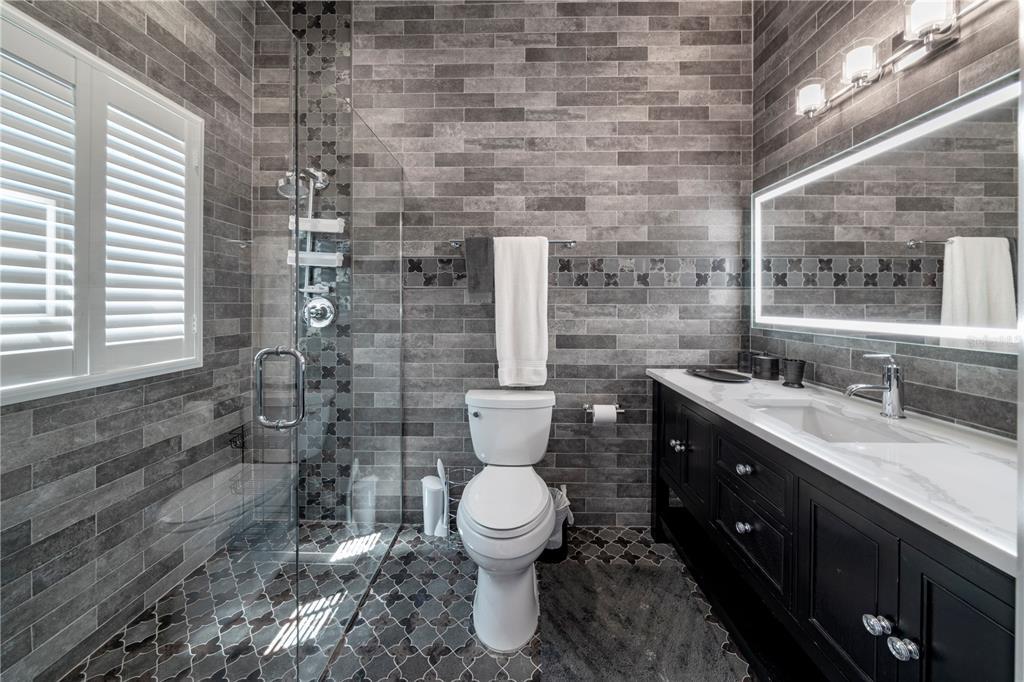 1000 Genius Drive Property Photo 42