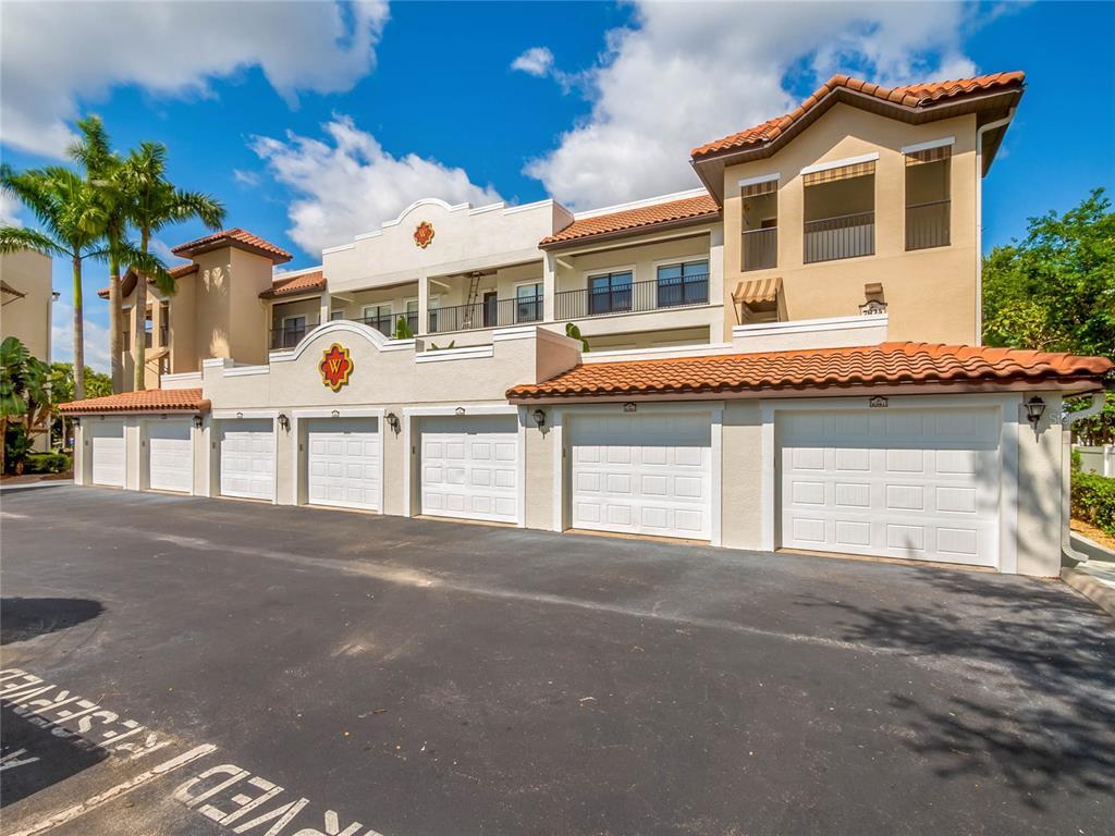 7824 Holiday Isle Drive Property Photo 1