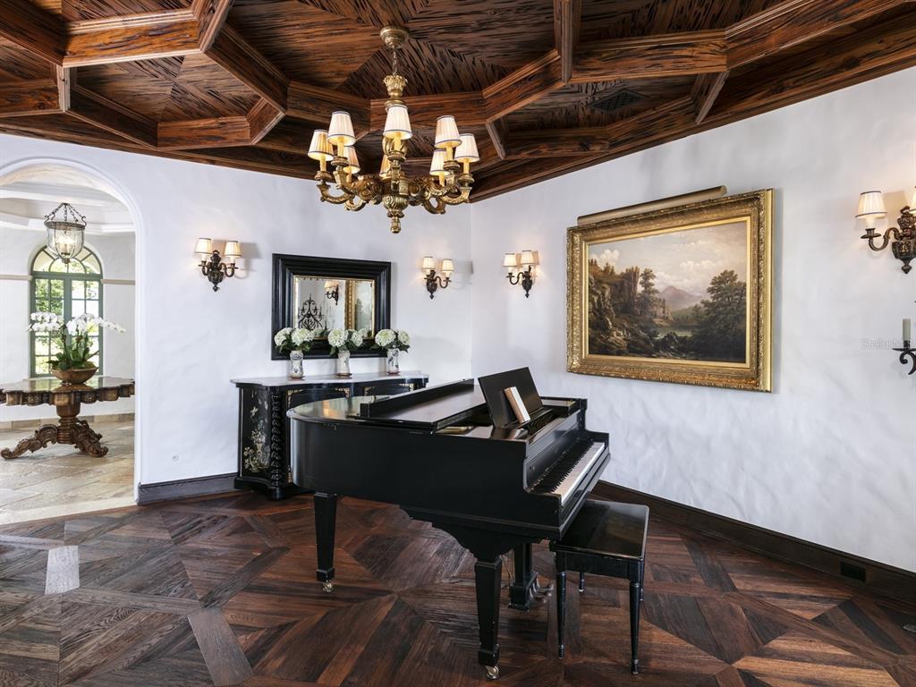 1411 Via Tuscany Property Photo 11