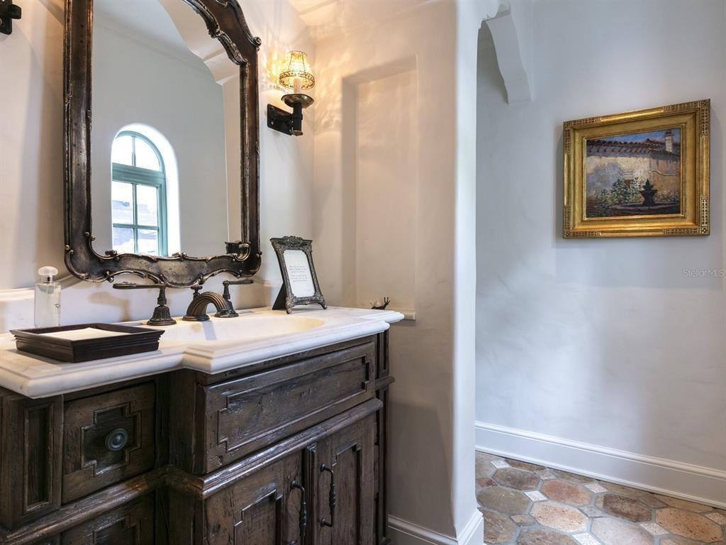 1411 Via Tuscany Property Photo 43
