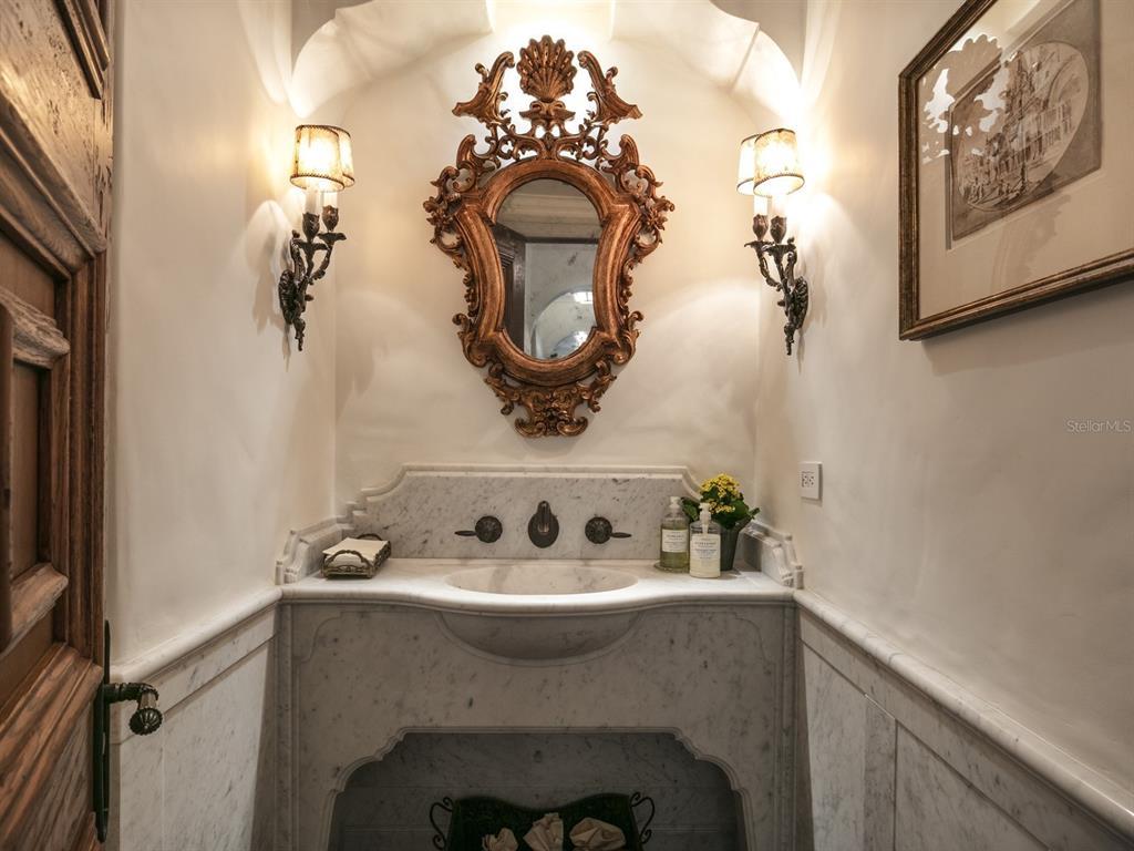 1411 Via Tuscany Property Photo 46