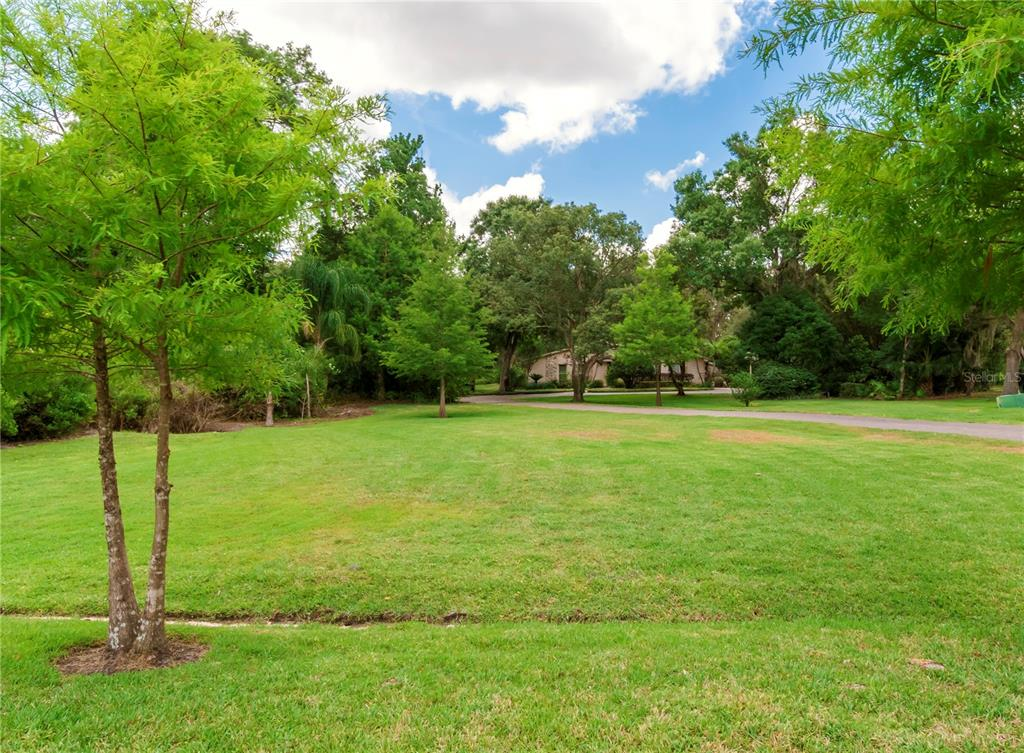 124 Roann Drive Property Photo 4