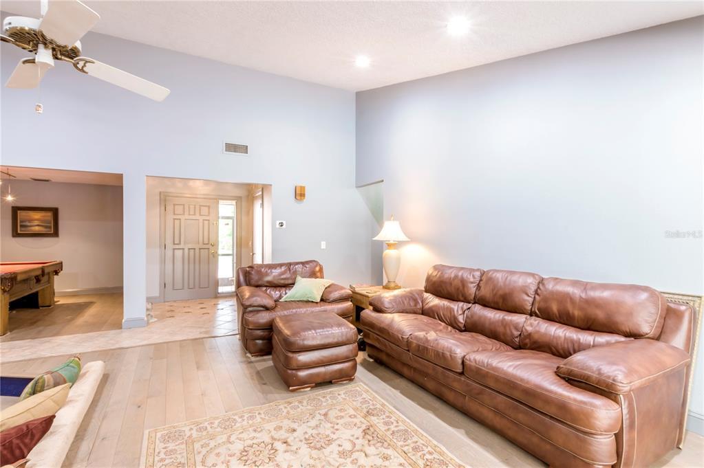 124 Roann Drive Property Photo 20