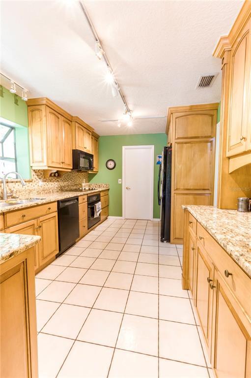 124 Roann Drive Property Photo 28