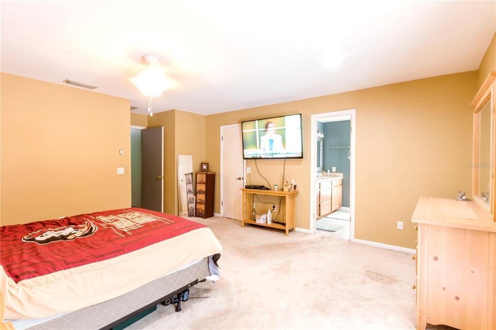 124 Roann Drive Property Photo 32