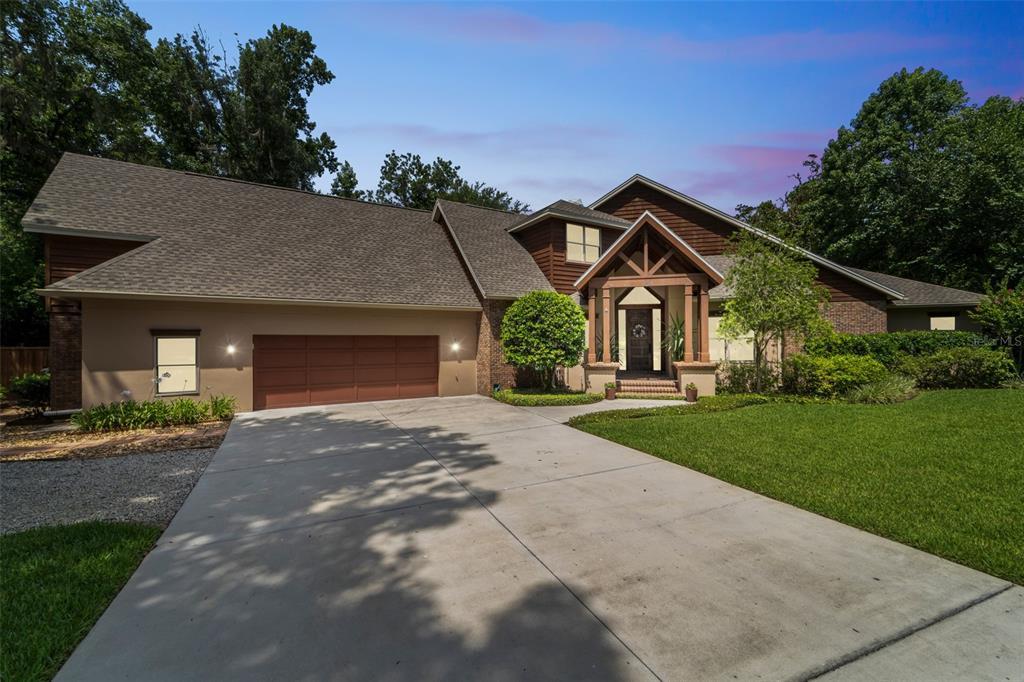104 River Oaks Circle Property Photo 1