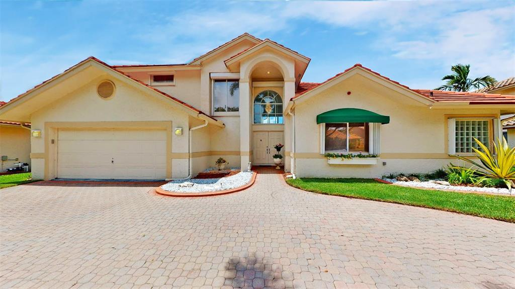 33025- Hollywood Real Estate Listings Main Image