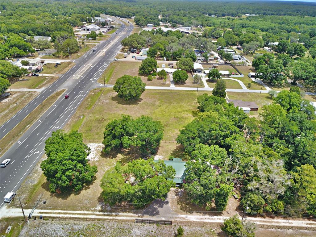8705 Us Highway 98 N Property Photo 1