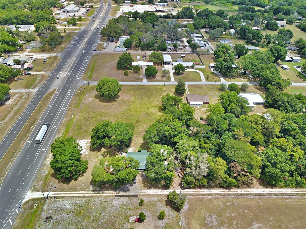 8755 Us Highway 98 N Property Photo 5