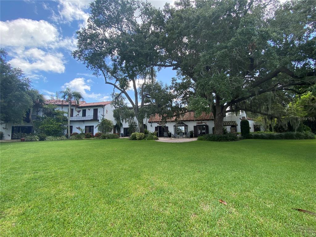 205 Hacienda Drive Property Photo 2