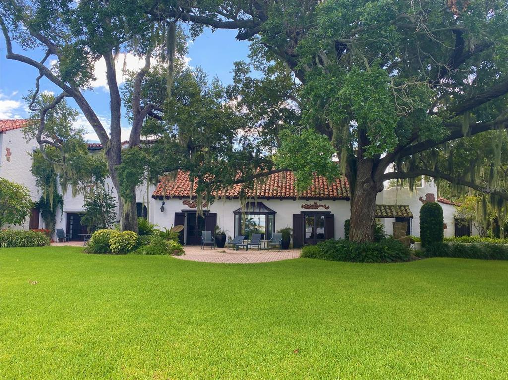 205 Hacienda Drive Property Photo 3