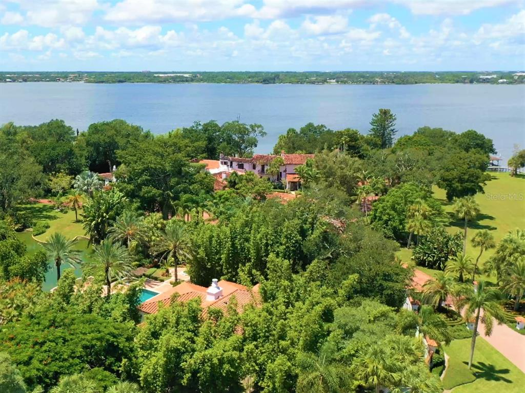 205 Hacienda Drive Property Photo 6