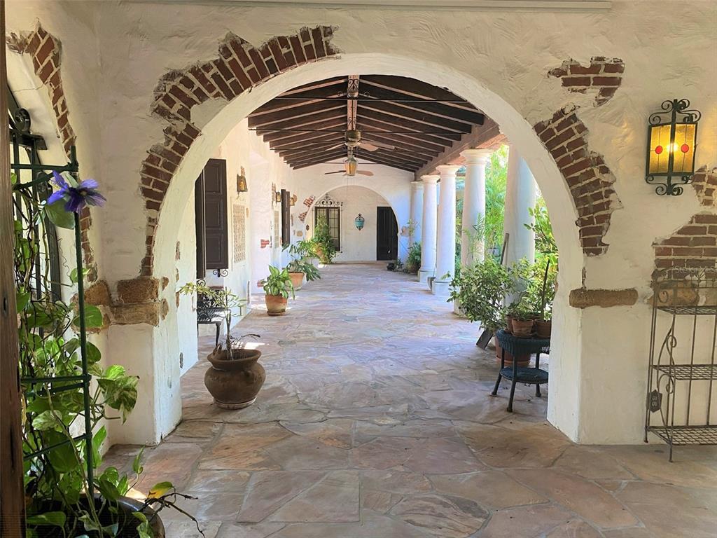 205 Hacienda Drive Property Photo 13