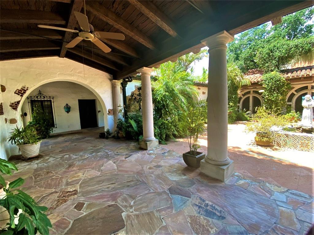 205 Hacienda Drive Property Photo 15