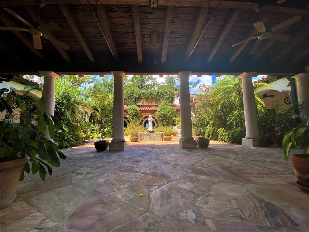 205 Hacienda Drive Property Photo 16
