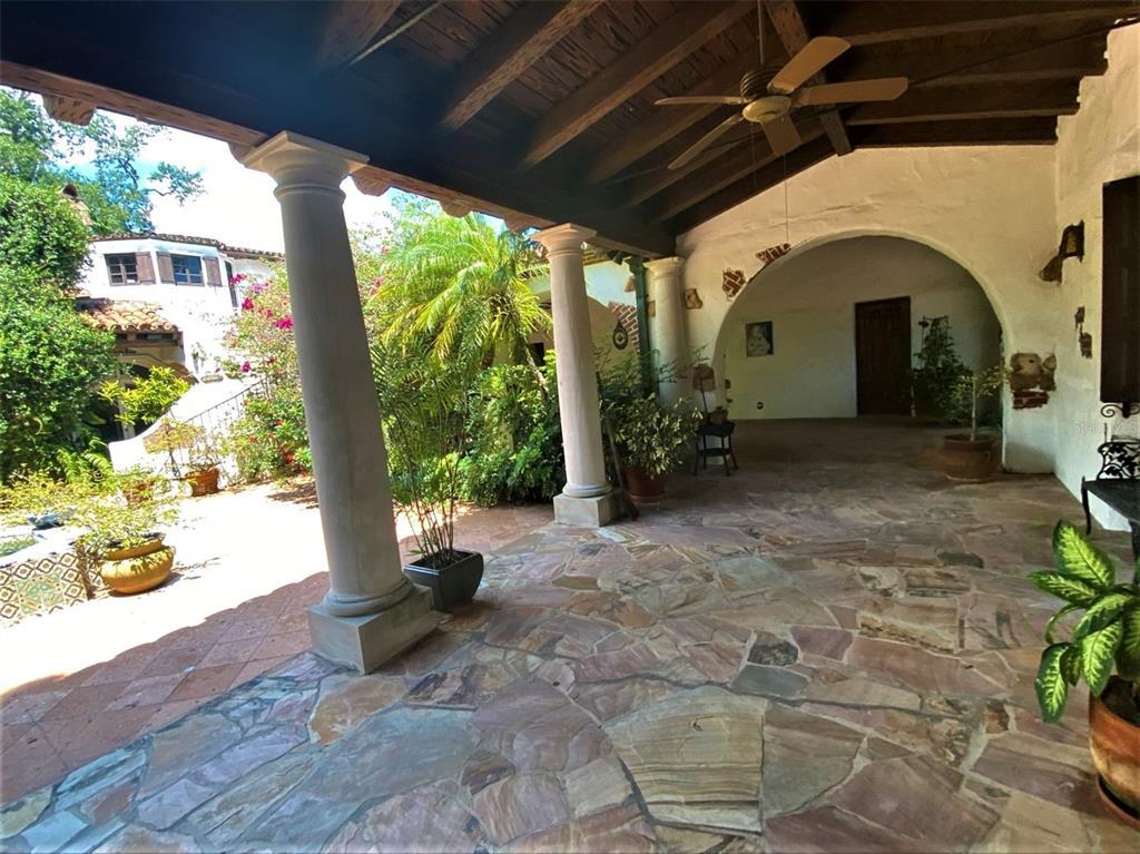 205 Hacienda Drive Property Photo 17