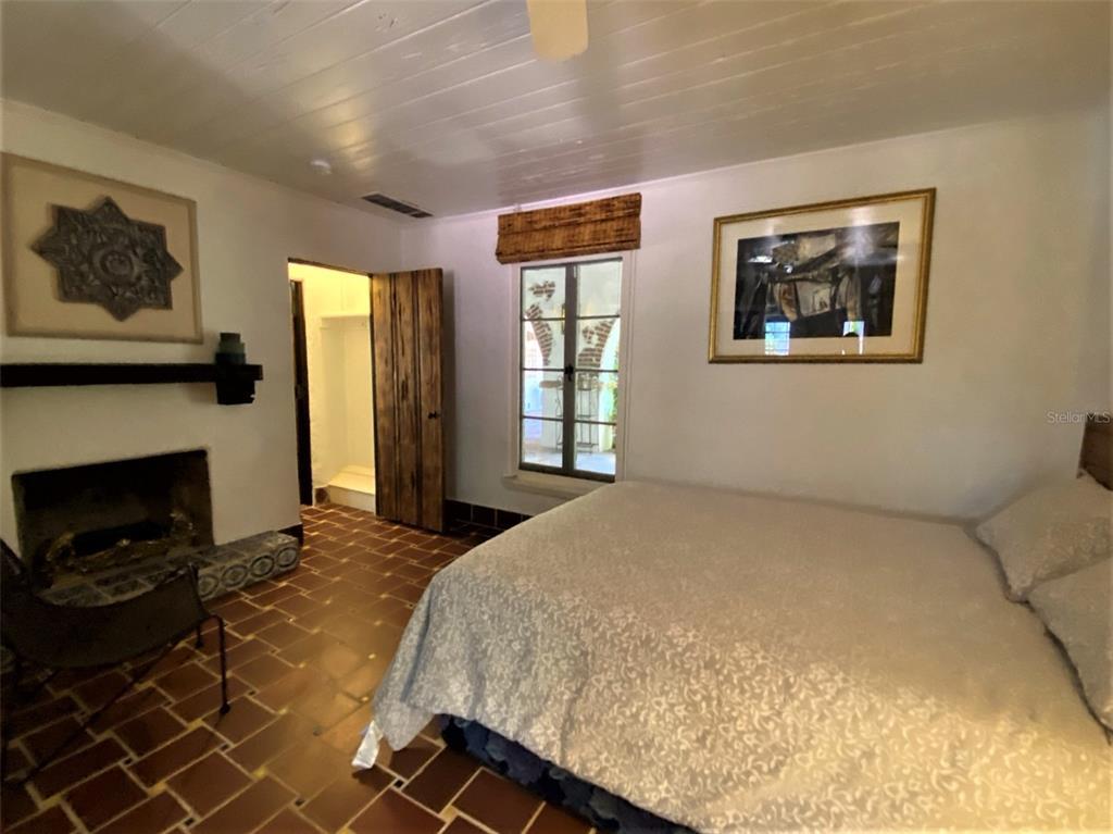 205 Hacienda Drive Property Photo 40