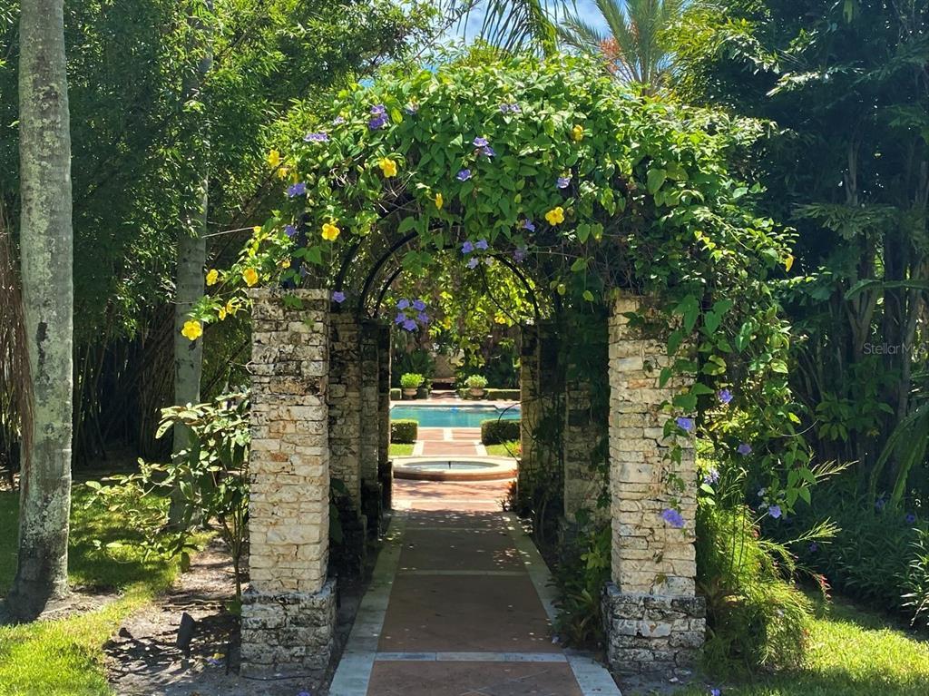205 Hacienda Drive Property Photo 50