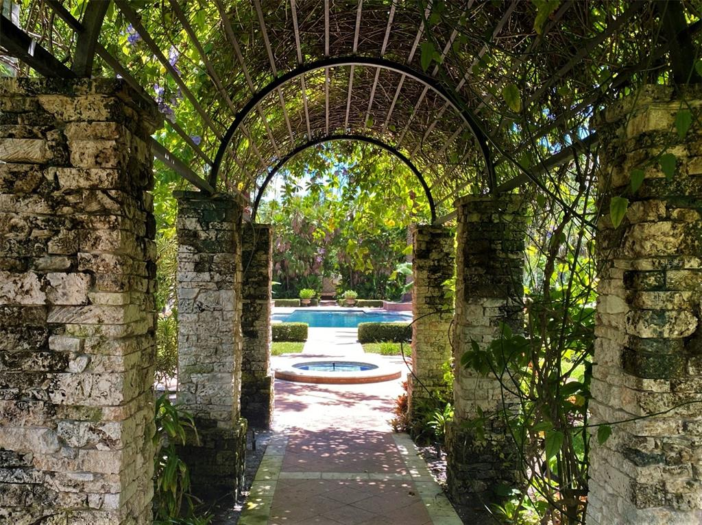 205 Hacienda Drive Property Photo 51