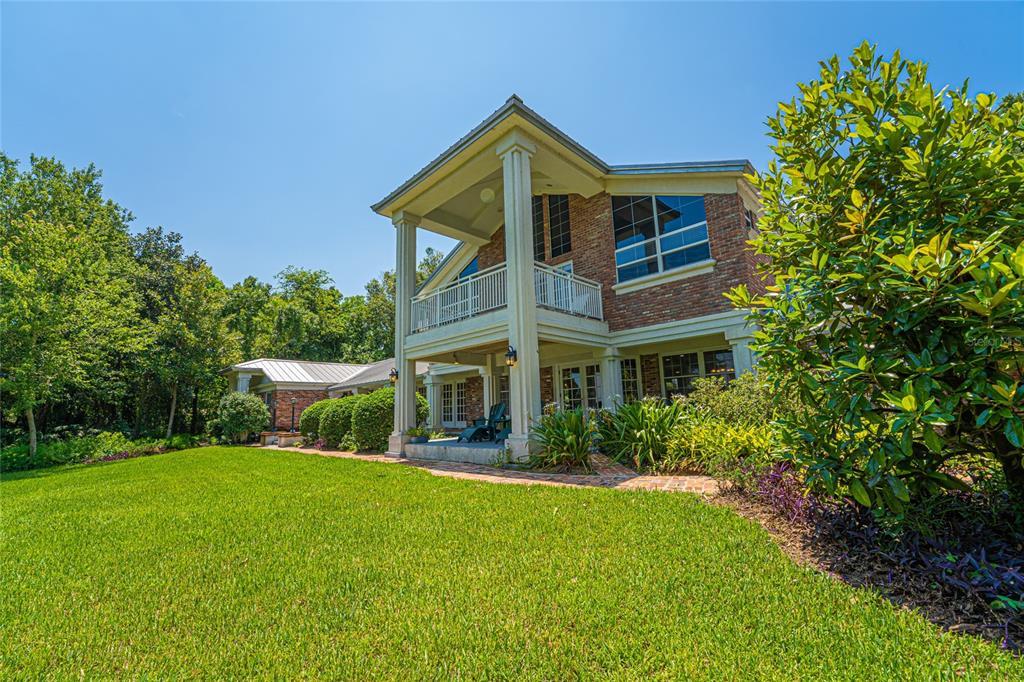 9015 Silver Lake Drive Property Photo 1