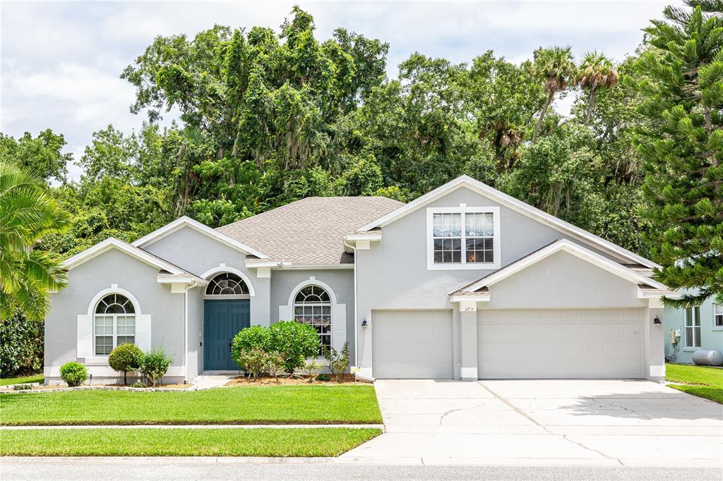 372 Twelve Oaks Drive Property Photo 1