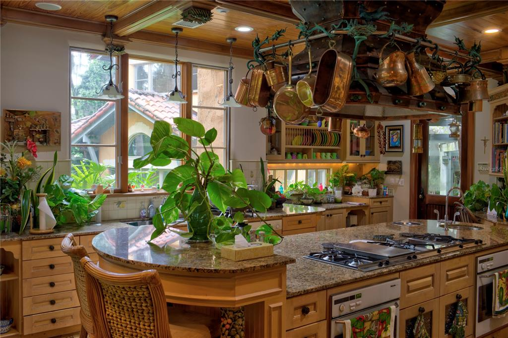 9291 Point Cypress Drive Property Photo 9