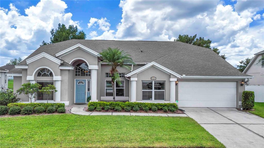 633 Lakehaven Circle Property Photo 1