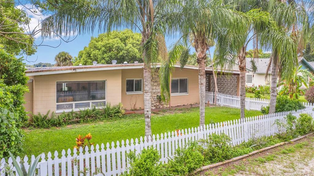 1120 Orienta Avenue Property Photo 1