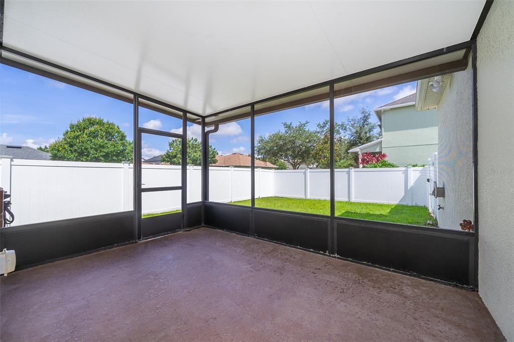 13601 Phoenix Drive Property Photo 3