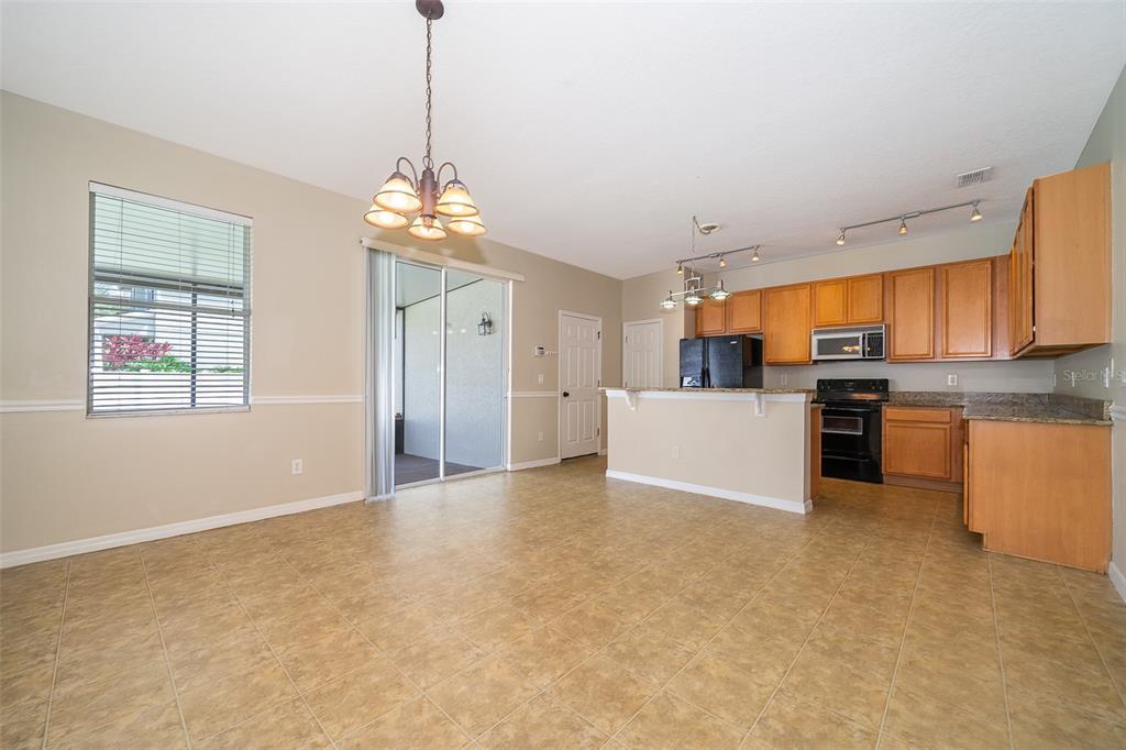 13601 Phoenix Drive Property Photo 11