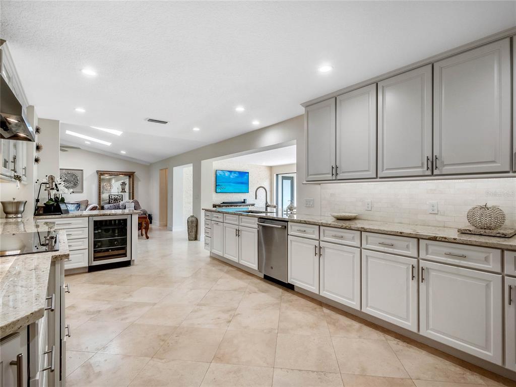 383 Hillcrest Drive Property Photo 18